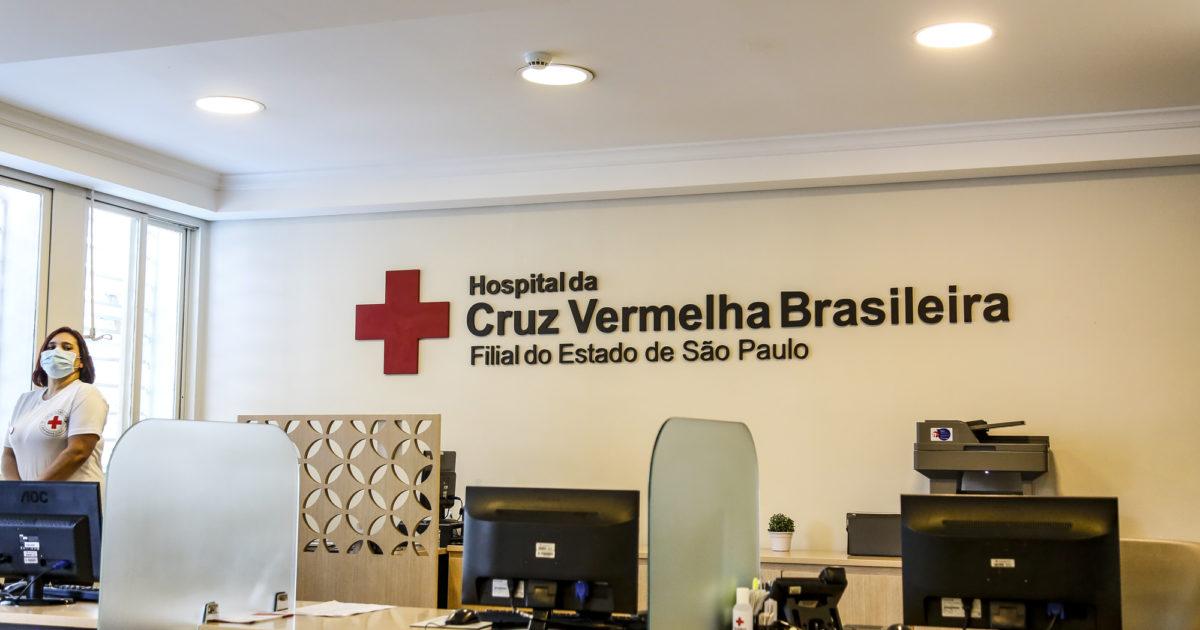O vereador denunciou a negligência de Bruno Covas que mantinha a unidade parcialmente desativada mesmo o hospital tendo capacidade para abrigar novos leitos. Foto: SECOM.