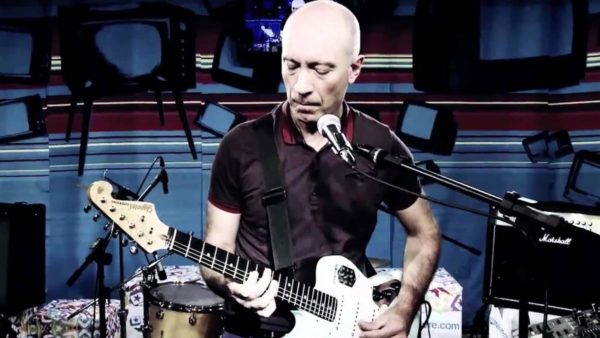 "Rock nacional com Edgard Scandurra no ""Em Casa Tem Cultura""!"