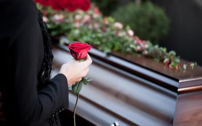 O PL propõe que o valor do auxílio-funeral dos servidores públicos nunca seja inferior a R$ 5.000,00.