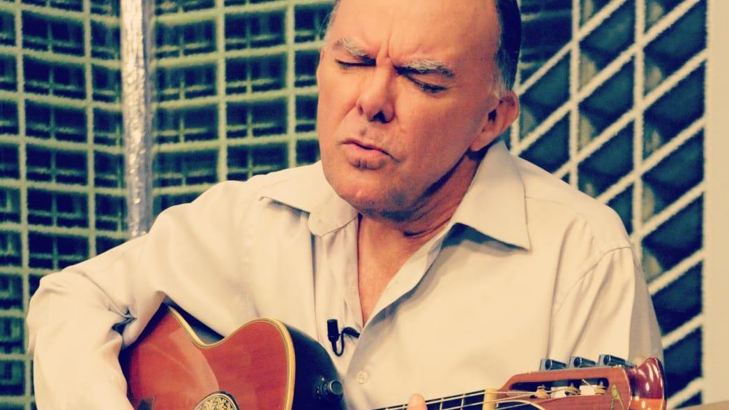 Jorge Mello é um dos grandes compositores da MPB e foi parceiro e produtor de Belchior. (Foto: Reprodução)