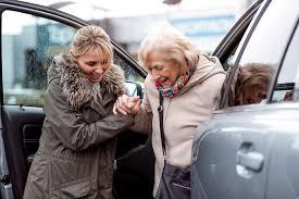 PL 83/21 | Garante transporte para o deslocamento de idosos e pessoas com deficiência até os postos de vacinação contra Covid-19