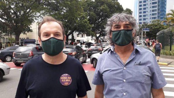 Veja um resumo da situação da pandemia em SP na volta às aulas e a luta de Celso Giannazi e Carlos Giannazi contra o retorno presencial