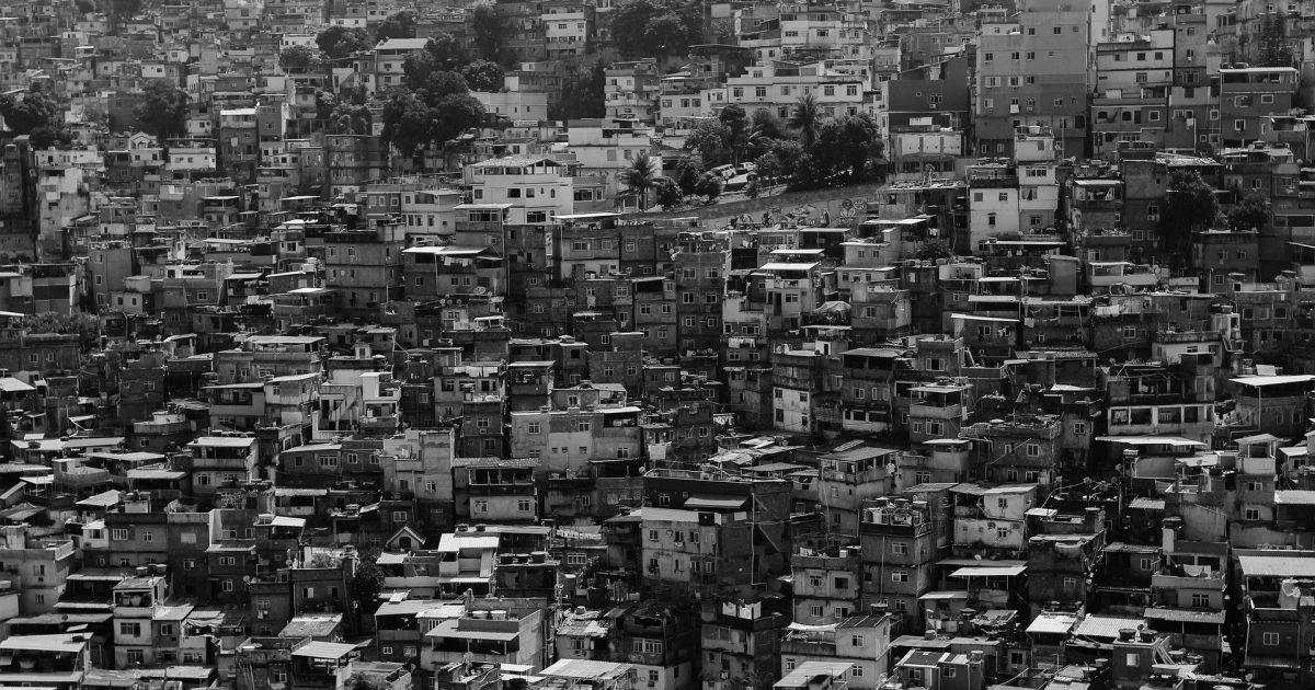 A cidade mais rica do país tem condições de pagar um valor maior para os seus moradores.