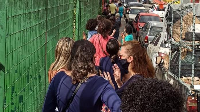Fila para a realização dos testes de covid-19 no CEU Paz, zona norte de São Paulo. (Foto: Arquivo Pessoal)
